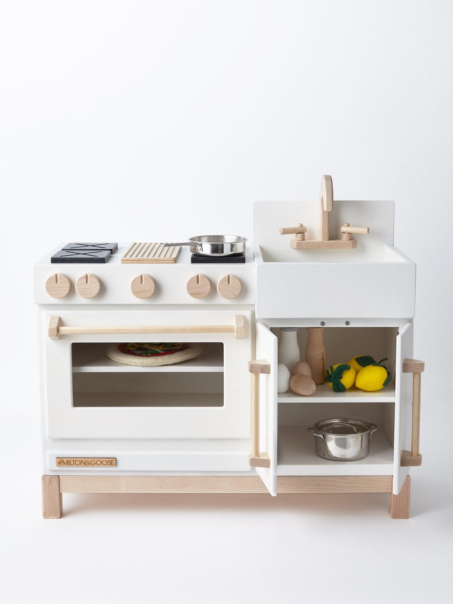 Milton & Goose Milton & Goose Essential Play Kitchen, White