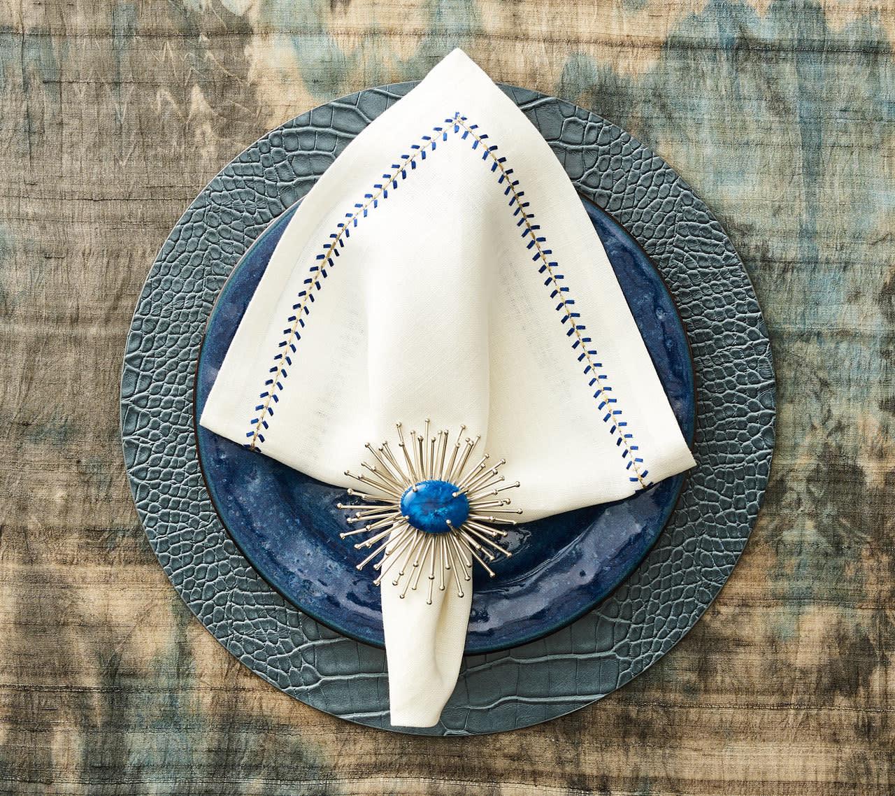 Kim Seybert Herringbone Napkin - White/Cobalt