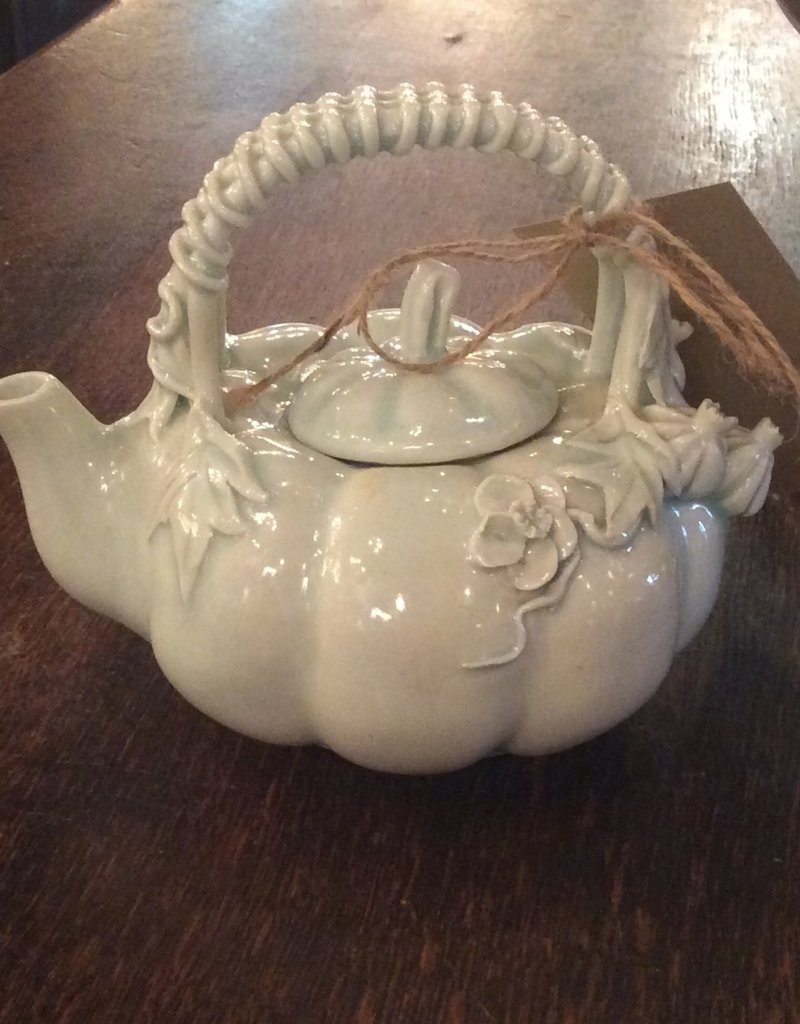 Teapot, ceramic, Pumpkin design