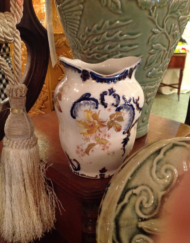 Vase, small, porcelain, blue and white floral