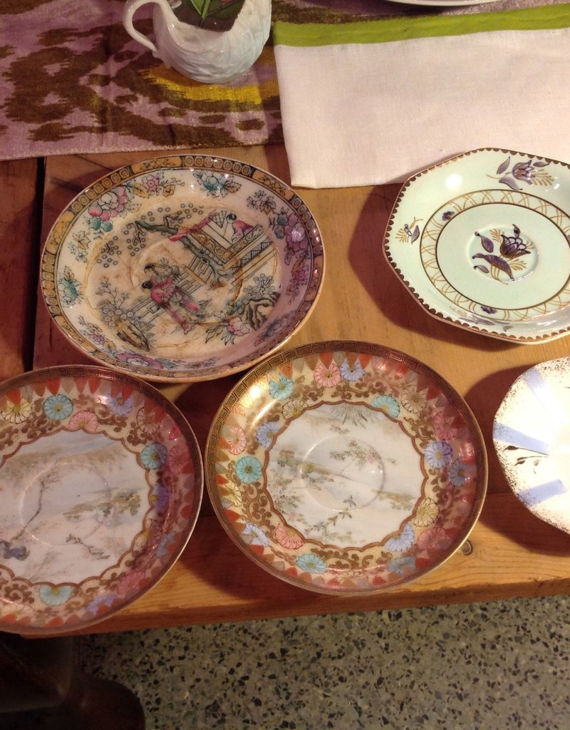 Saucer, Miscellaneous, porcelain or ceramic