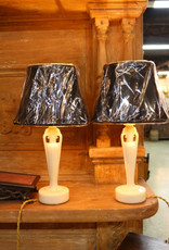 Pair of vintage white alacite glass Aladdin brand electric table lamps, small lamps, fully restored