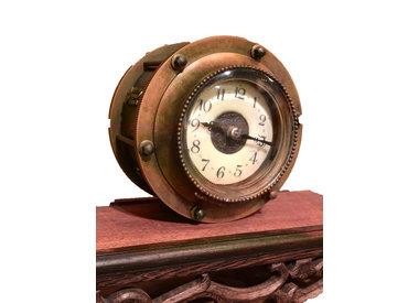 Clocks, Vintage (1930-1969)