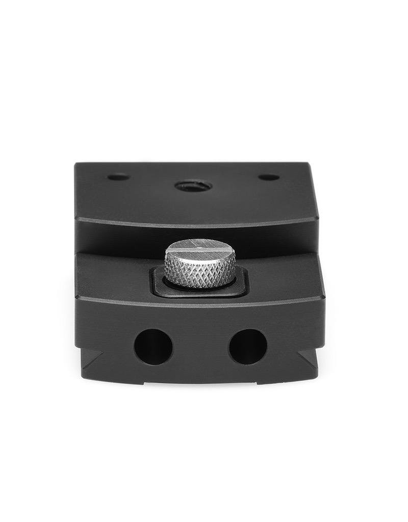 DT Cultural Heritage DT Dovetail Compendium Mount for XT with thumb screw for tightening/locking.