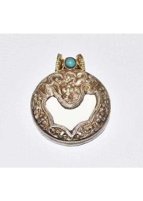 Clara Williams Clara Williams Tibetan Treasures Centerpiece