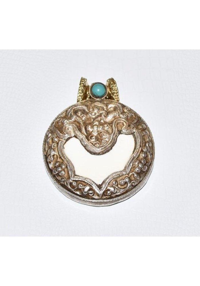 Tibetan Treasures Centerpiece