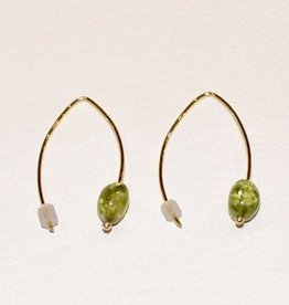 Mazza Earrings in 14k Gold with Peridot