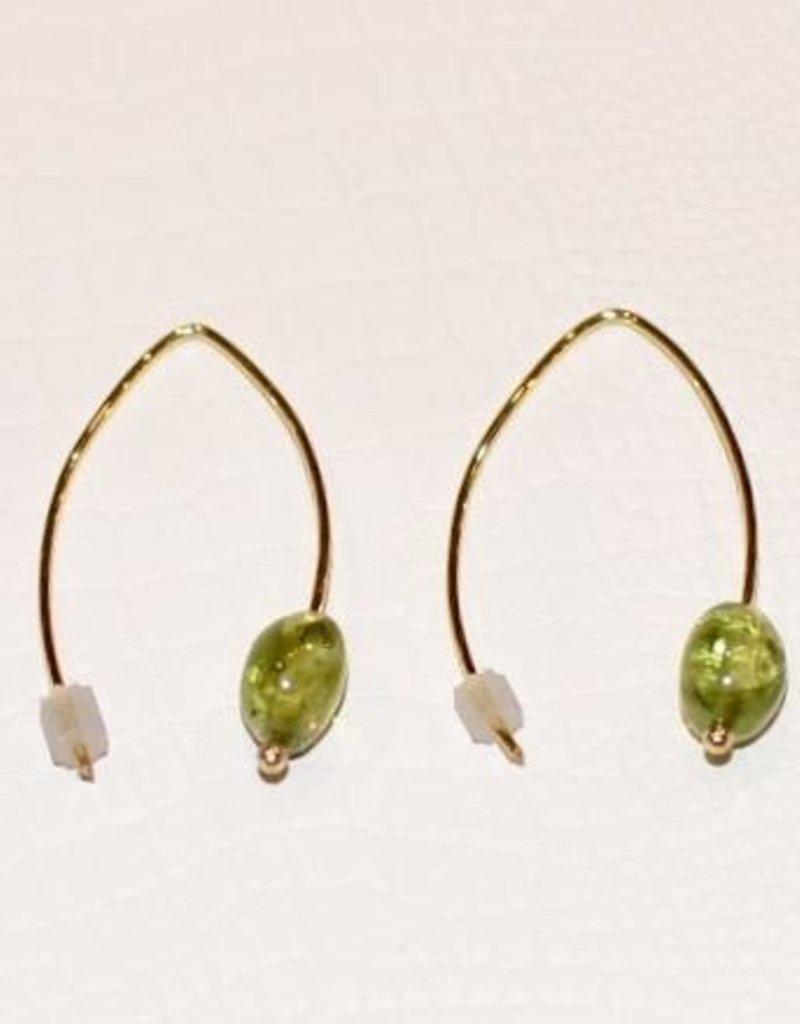 Mazza Earrings in 14k Gold with Peridot