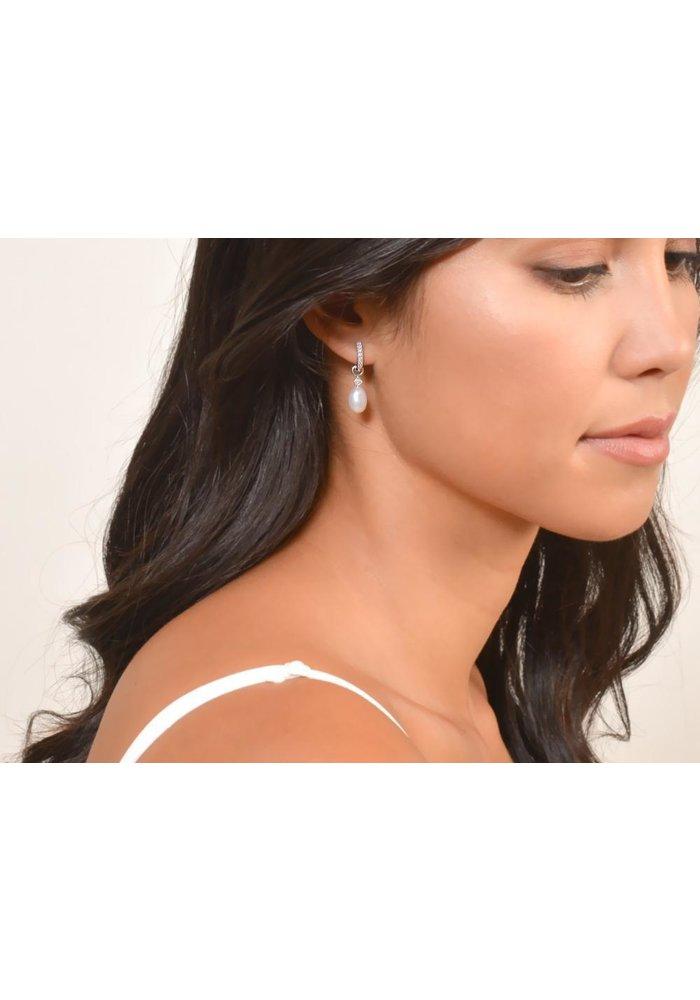 """Jude Frances 18K Wht Gold .5"""" Hoop Earrings W/ 0.11ct Diamonds"""
