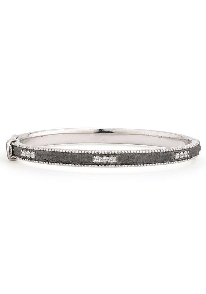 Silver Simple Lisse Bangle w/ White Topaz