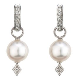 Jude Frances 18K White Gold, Large Lisse Pearl Charm