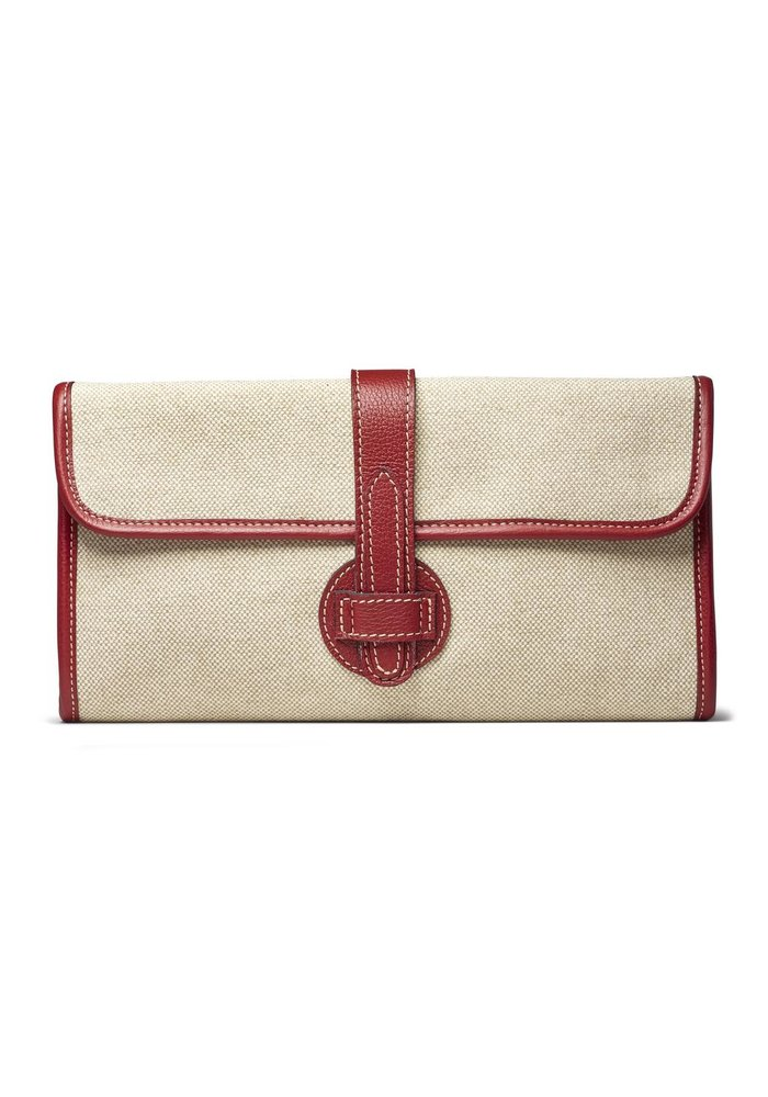 Light linen with red leather clutch