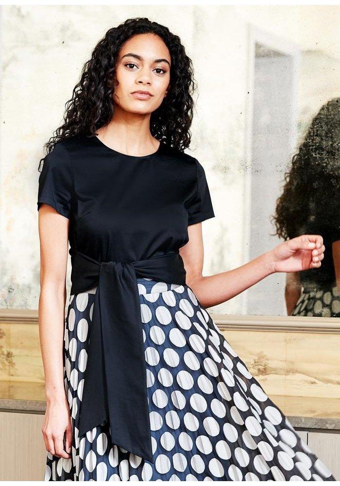 Abbey Glass Beverly Skirt