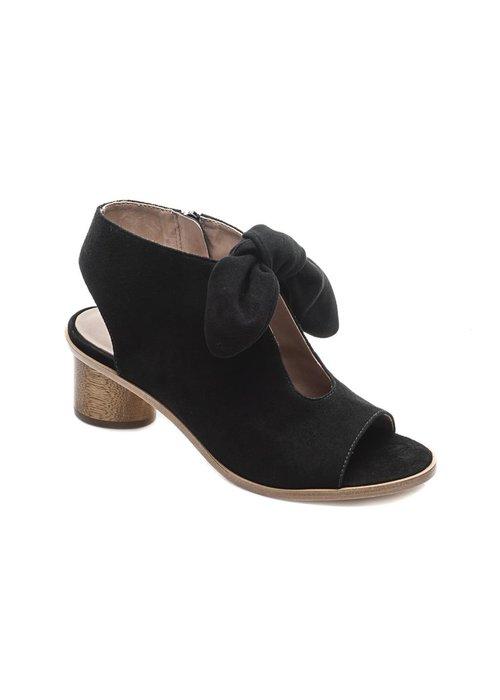 Bernardo Bernado Luna 1.75 Wooden Heel Sandal