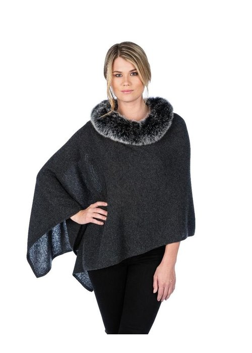 Claudia Nicole Claudia Nicole Luxe Windchill Fox Trim Topper