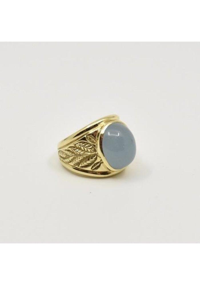 18K Gold Ring with Aqua Marine Cab