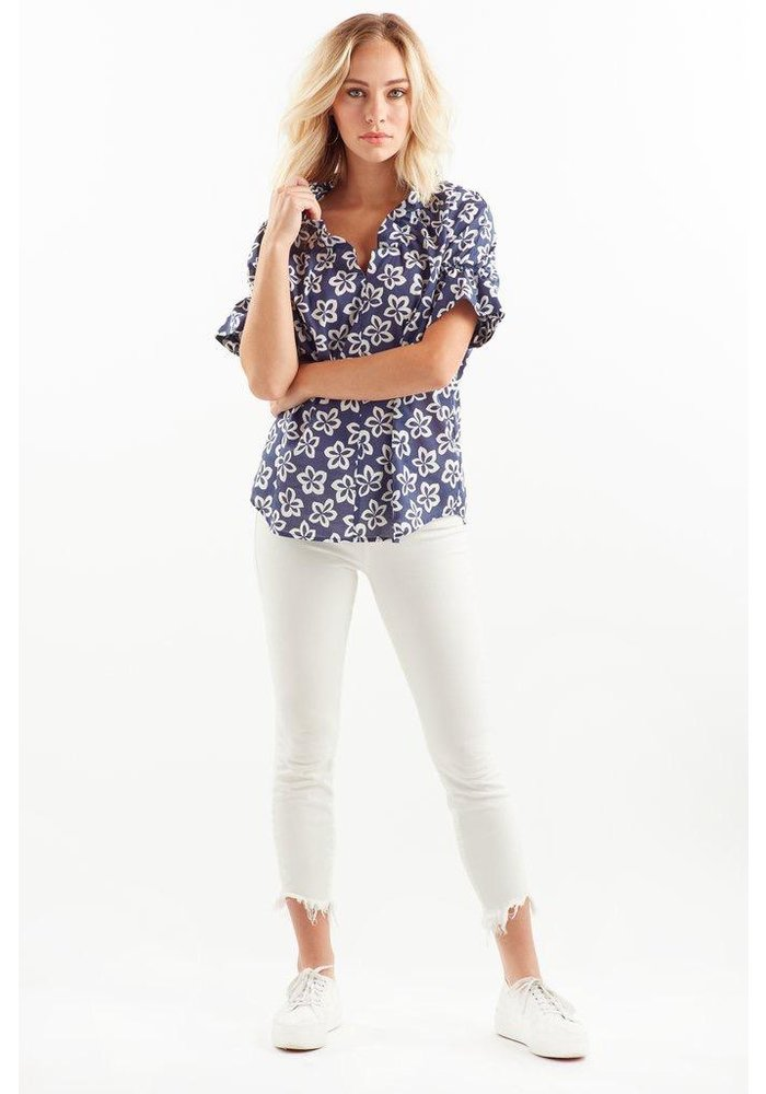 Finley Shirts Crosby Top in Floral Medallion