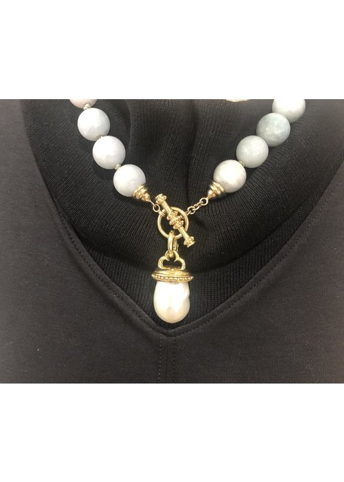 Mazza Mazza Freshwater Pearl Pendant set in 14k Gold Bead
