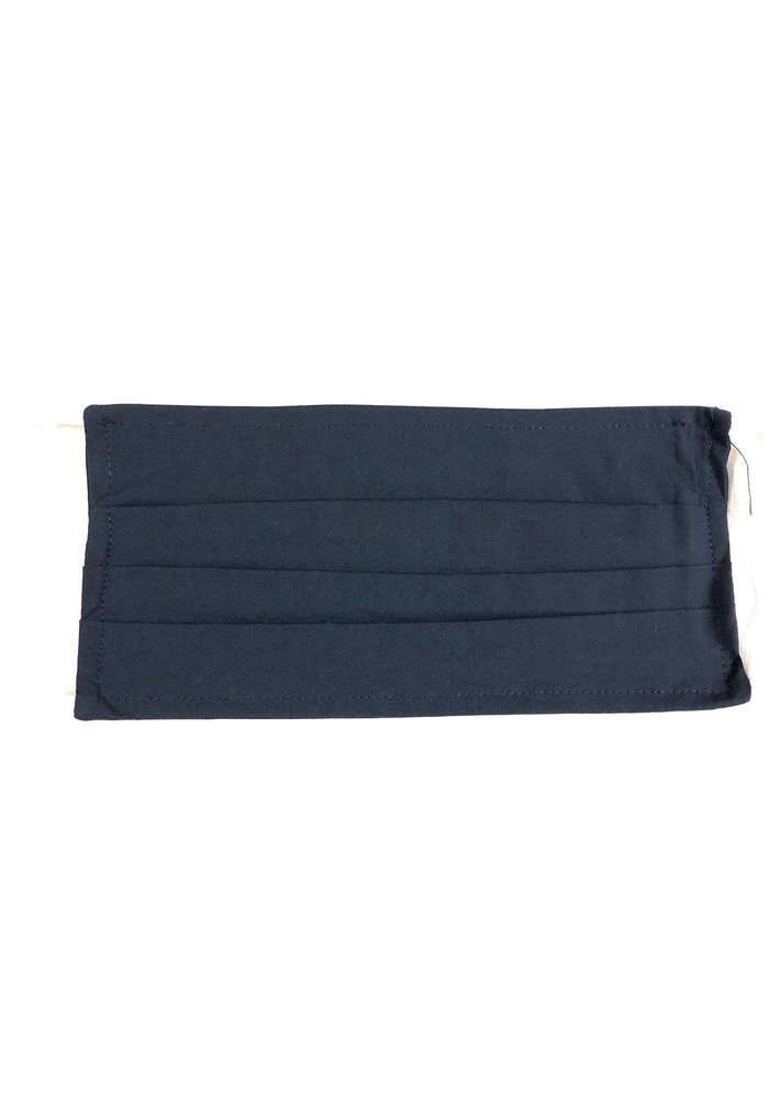 Mask in solid navy