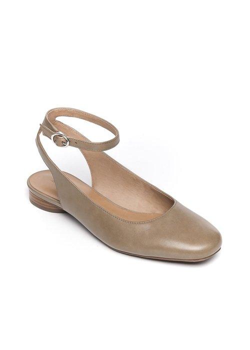 Bernardo Bernado Ellie Mary Jane Shoe