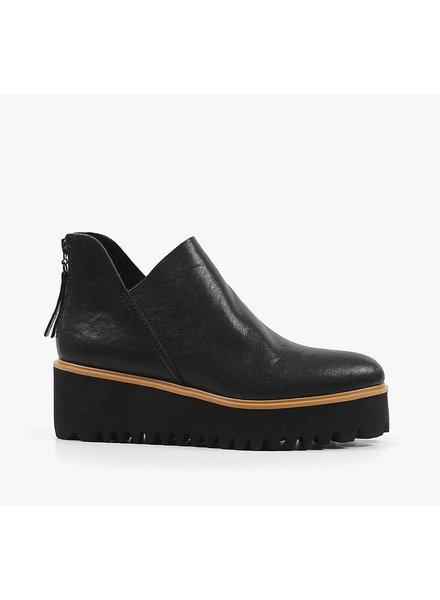 All Black Flatform Tread Shootie