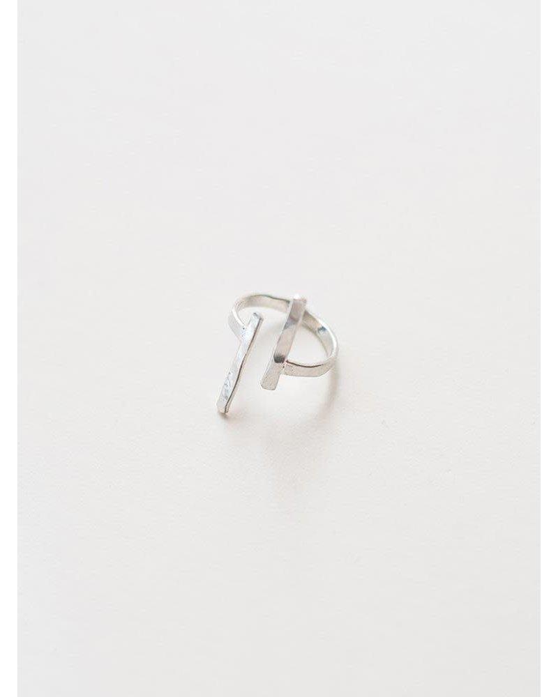 Mata Traders Mata Hammered Couplet Ring