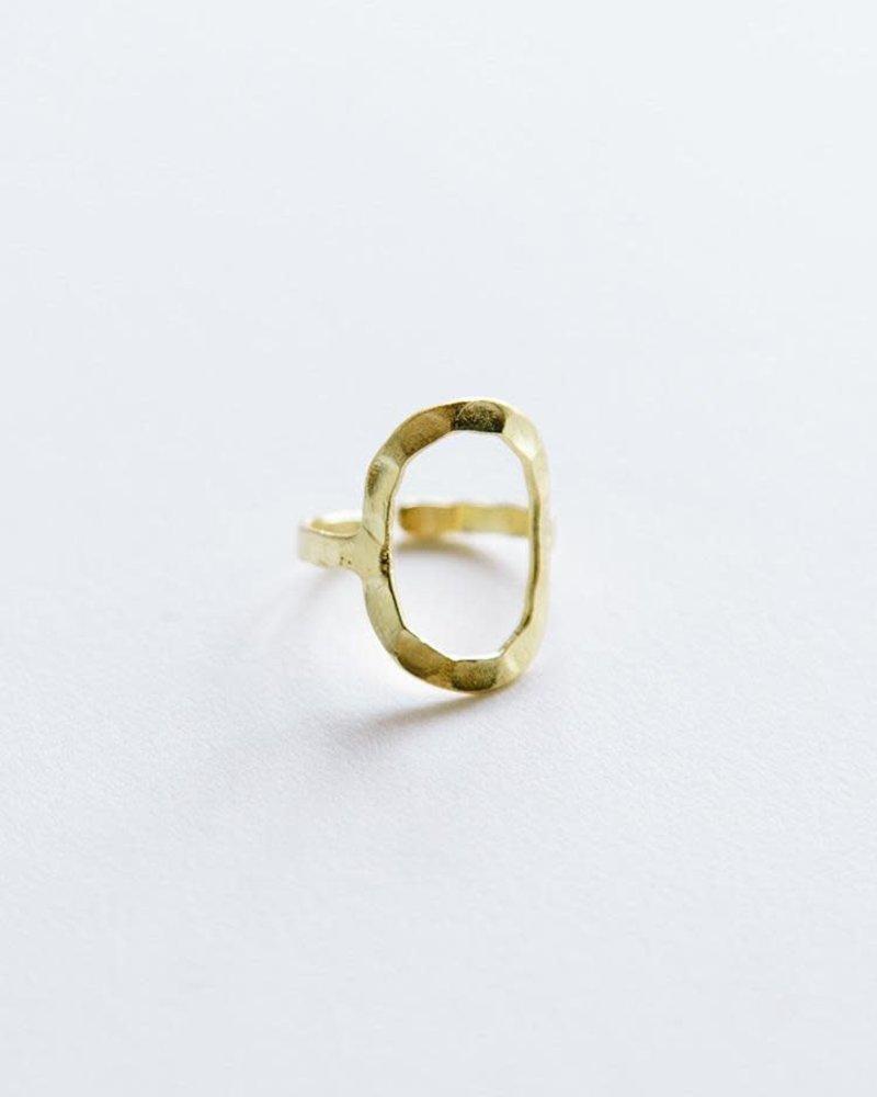 Mata Traders Mata Hammered Oval Ring
