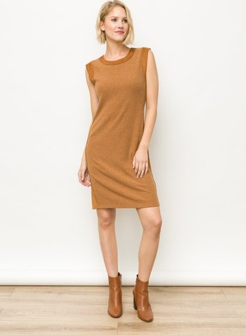 Mystree Mystree Suede Side Pointed Rib Dress
