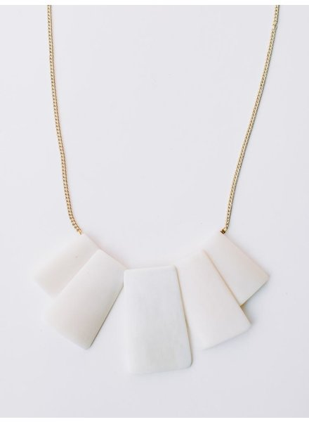 Mata Traders MataT Voyager White Necklace