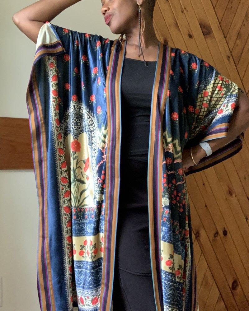 Aratta Aratta Daisys Theme Kimono