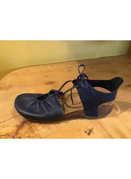 Keyhole Tie Sandal