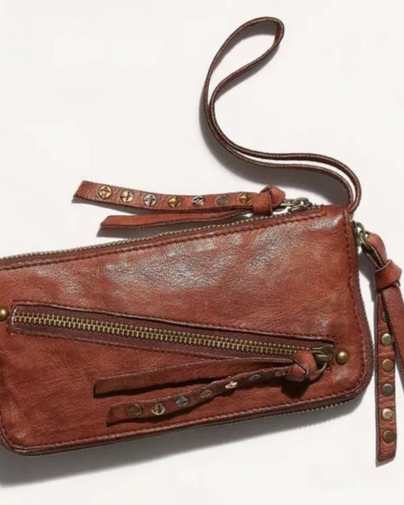 Free People Free People Obstressed Wallet
