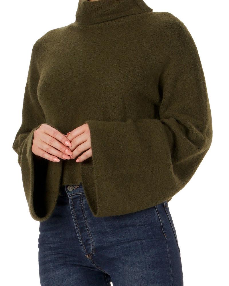 Elan Elan Bell Sleeve Sweater