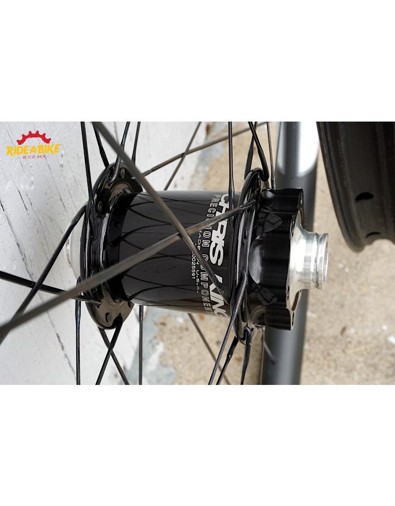 Chris King ISO Disc / NOX Wheelset 27.5