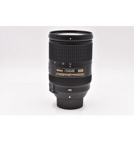 Nikon Pre-Owned Nikon 18-300mm F/3.5-5.6G ED