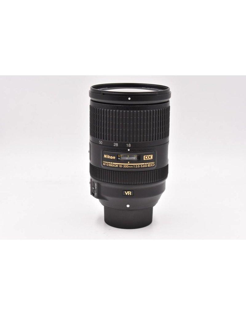 Nikon Pre-Owned Nikon 18-300mm F/3.5-5.6G ED