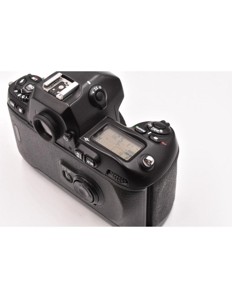 Nikon Pre-Owned Nikon F100 Body