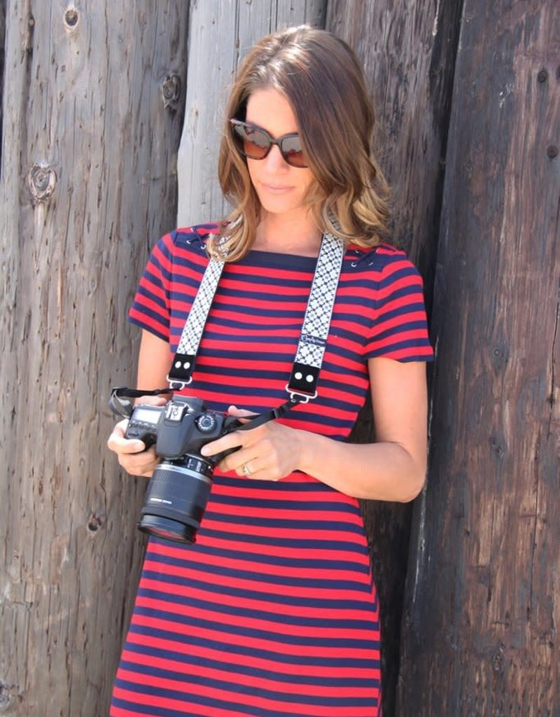 CAPTURE COUTURE Capturing Couture Daisy Dot Blue