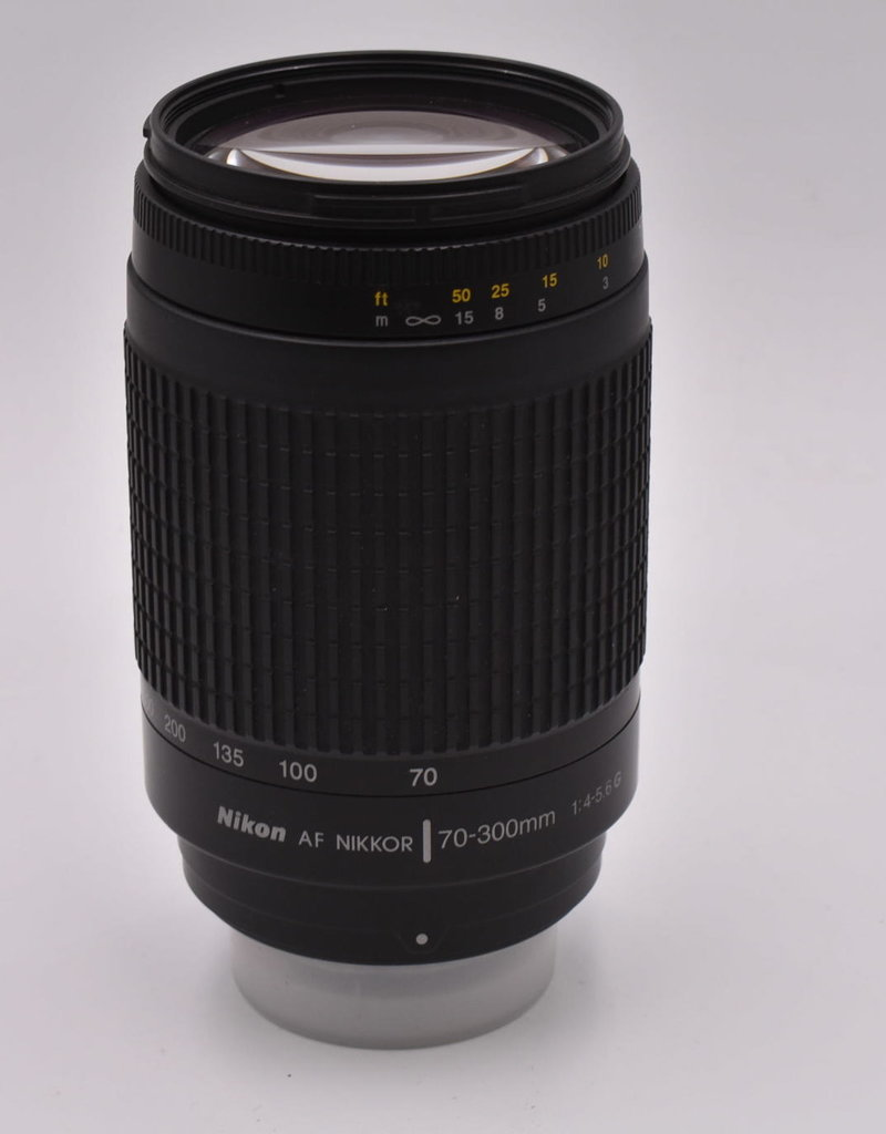 Nikon Pre-Owned Nikon 70-300mm F/4-5.6 G