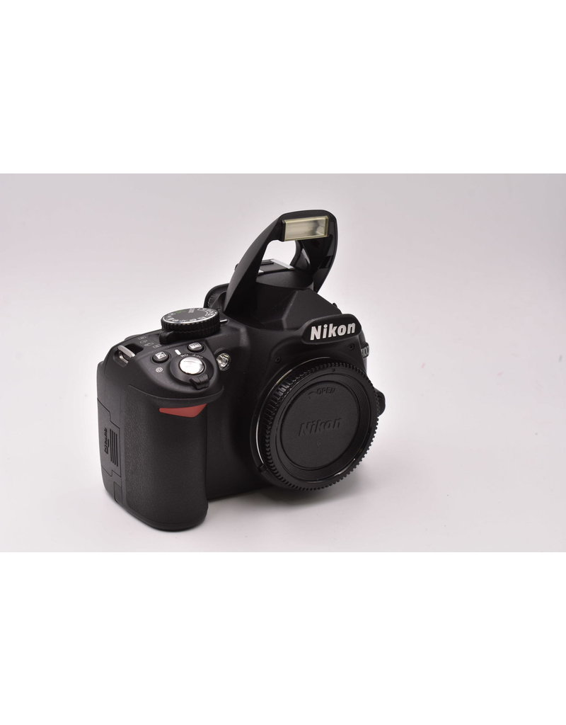 Nikon Pre-Owned Nikon D3100 With Battery Charger