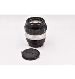 Nikon Pre-Owned Vintage Nikkor-H 85mm  F1.8