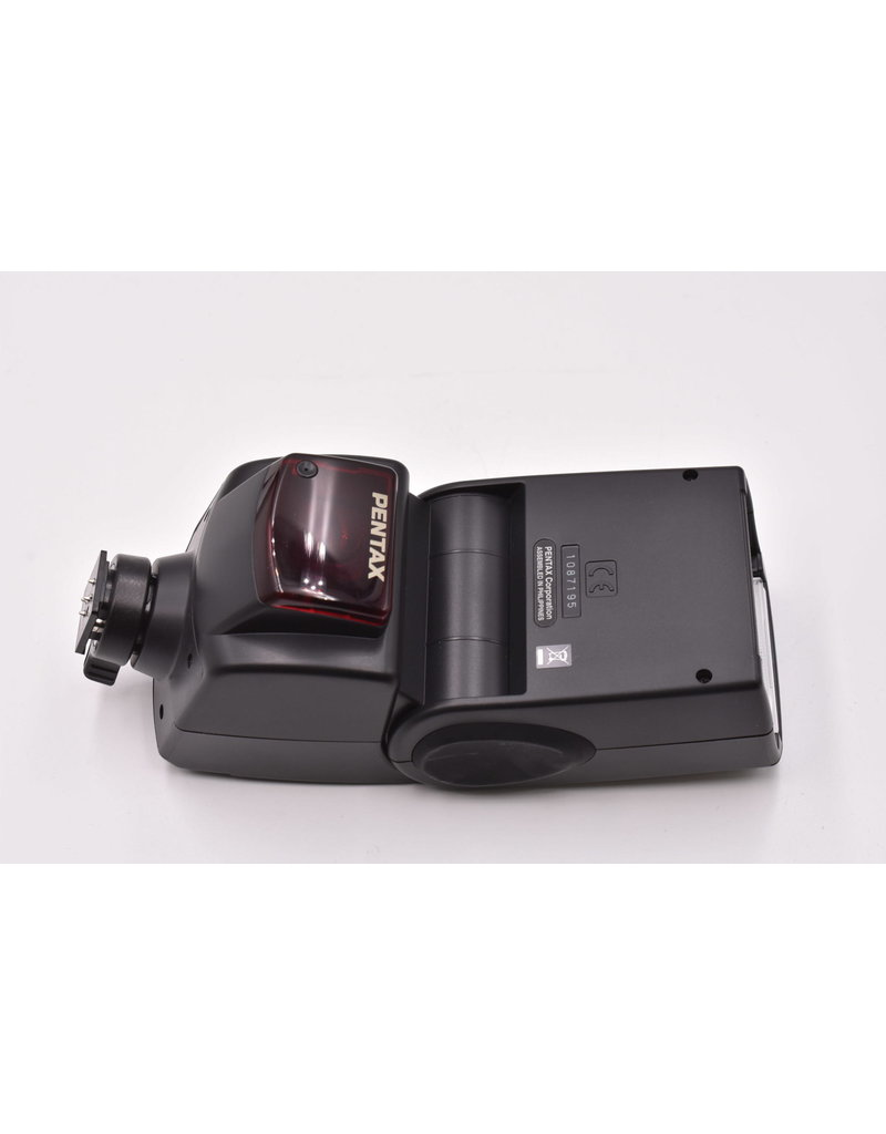 Pre-Owned Pentax K-7 Kit With 18-55mm, 55-300mm, & AF-360FGZ
