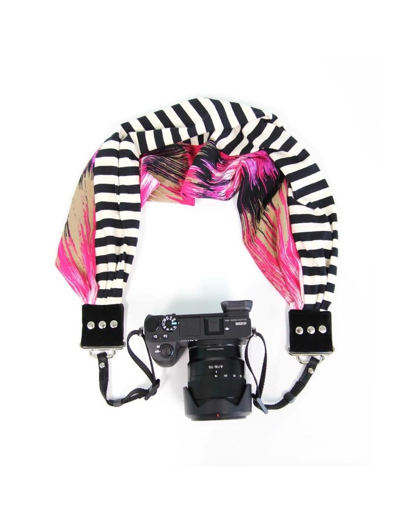 CAPTURING COUTURE CAPTURING COUTURE Pocket Scarf Heartbeat/Olivia