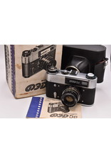 Pre-Owned LIKE NEW  FED-5B Russian Rangefinder 35mm Camera And 55mm F2.8 Lens
