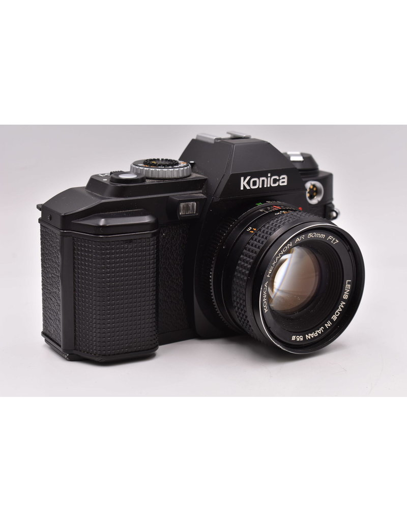 Pre-Owned Konica FS-1 With 50mm F1.7 & Flash
