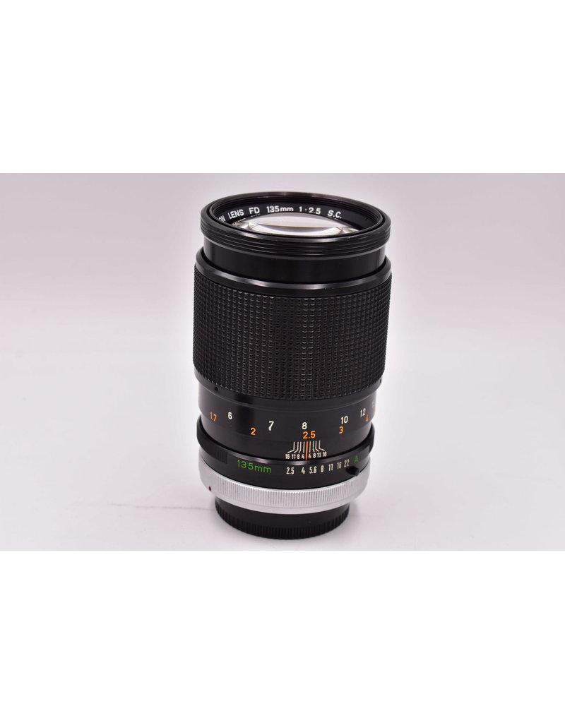 Canon Pre-Owned Canon 135mm  F2.5 S.C. FD