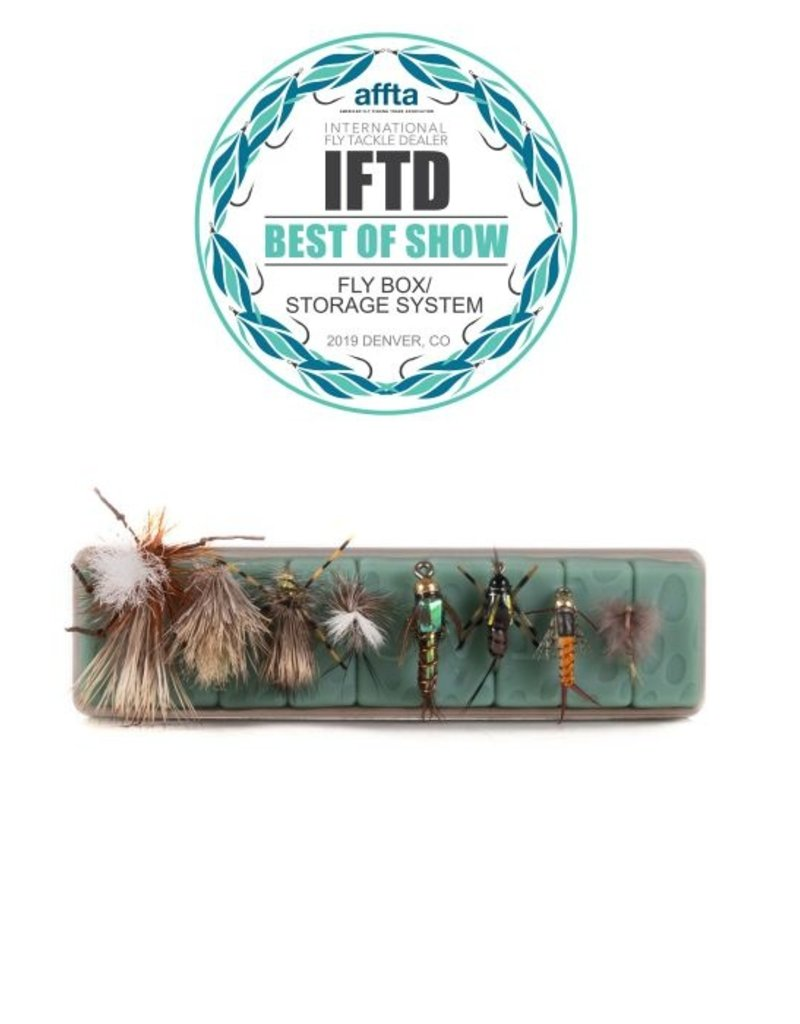 Tacky Tacky Fly Dock