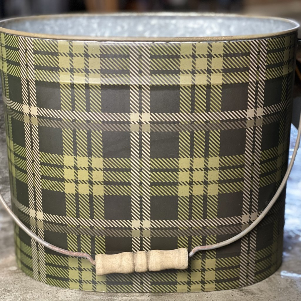 Creative Co-Op Plaid Metal Bucket w/ Handle Large