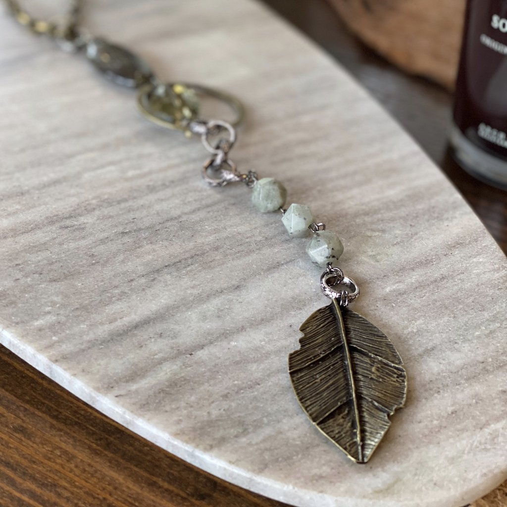 d'Otti Accessories Metal Feather Necklace
