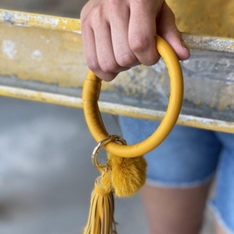 WHAT'S HOT JEWELRY Yellow Key Ring